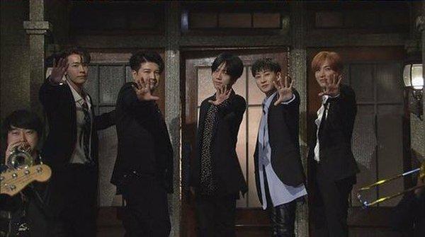 Thủ lĩnh Super Junior khiến ngay cả fan cũng phải 'cạn lời' khi hóa trang thành nàng hầu vì... đẹp hơn cả con gái - ảnh 1