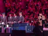 Cộng đồng mạng thích thú với khoảnh khắc tương tác dễ thương giữa Jungkook (BTS) và Beomgyu (TXT) tại 'MAMA 2019'