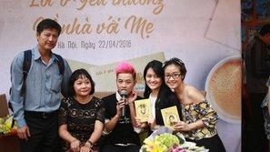 Ca sĩ Thanh Duy ra mắt sách