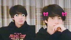 Loạt meme cười ra nước mắt của Jin (BTS) chứng minh vị trí ngồi quan trọng như thế nào khi lên sóng V Live