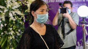 Lời nói dối trắng trợn của mẹ Mai Phương trong đám tang con gái, bạn bè tiết lộ sự thật cay đắng ngược lại
