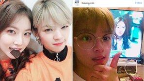 Dù lịch trình dày đặc nhưng Jungyeon (TWICE) vẫn dành thời gian xem phim của chị gái