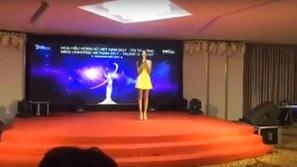 Ai, là ai đã tư vấn cho Hoàng Thùy phần thi tài năng hát karaoke trong Hoa hậu Hoàn vũ 2017?