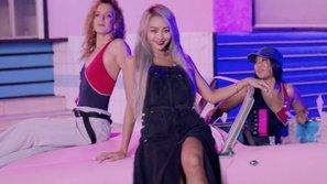 Đẳng cấp nữ hoàng mùa hè: Hyolyn tung năng lượng kéo dài kì nghỉ hè cho fan Kpop mặc dù đã chớm thu