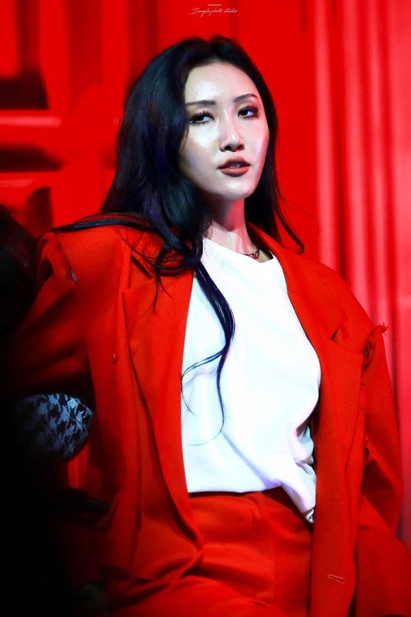 BXH giá trị thương hiệu idol nữ tháng 10