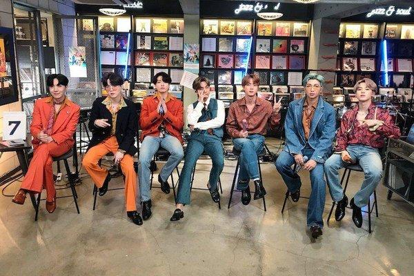 Màn trình diễn chấm dứt những tranh cãi về khả năng hát live của BTS: Knet không thể chọn được ai mới là người hát tốt nhất - ảnh 1