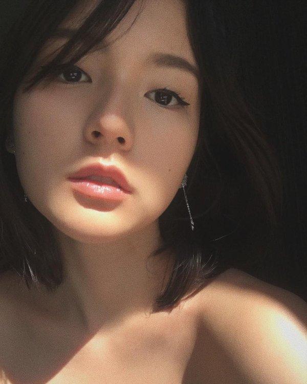 Cô gái trở thành diễn viên độc quyền của M-TP Entertainment 2