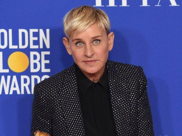 Ellen DeGeneres bị chỉ trích khi ví cách ly ở nhà như ngồi tù