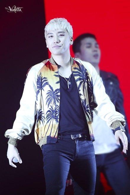 """Seungri (Big Bang) nổi tiếng với điệu aygo """"đáng ghét"""""""