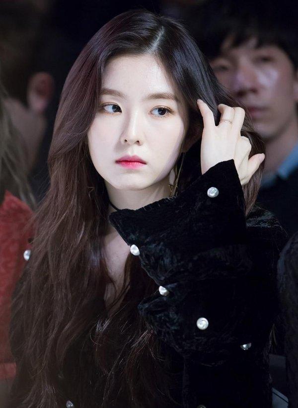Idol debut trễ