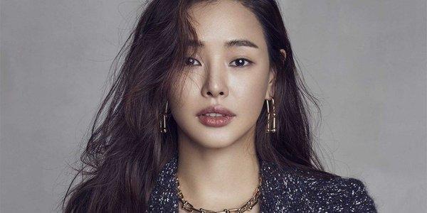 Hoa hậu Hàn Quốc đã có một thời thực tập để trở thành idol.